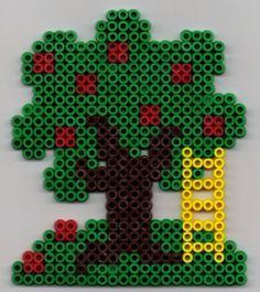 Baum Bügelperlen /  Tree  perler beads