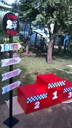 46 Ideas Cars Rayo Mcqueen Decoracion For 2019 You are in the right place about Racing Cars qu Hot Wheels Party, Hot Wheels Birthday, Race Car Birthday, 2nd Birthday, Lightning Mcqueen Party, Disney Cars Party, Disney Cars Birthday, Race Party, Car Themed Parties