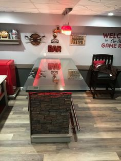 A creative DIY'er built this home bar with an infinity mirror top, color-changing LED lights and stacked stone panels. Diy Home Bar, Diy Bar, Bars For Home, Outdoor Bar And Grill, Outdoor Bar Table, New Orleans Saints Man Cave Ideas, Kitchen Bar Design, Kitchen Designs, Build Your Own Bar