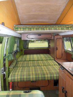 Best Volkswagen Camper Bus Interior Ideas - Todosobre - Travel And Enjoy Living Interior Kombi, Volkswagen Bus Interior, Vw T1 Camper, Campers, Vw T3 Westfalia, Vw Minibus, T3 Vw, Carros Suzuki, Combi Hippie
