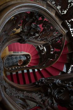 Rococo spiral staircase inside The Red House in Monschau, Germany (by Makepictures). These are beautiful stairs there like a maze that I would love to get lost in. Beautiful Architecture, Beautiful Buildings, Architecture Details, Beautiful Stairs, Stair Steps, Diy Stair, Grades, Take The Stairs, Stairway To Heaven