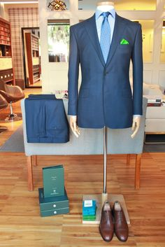 https://www.facebook.com/media/set/?set=a.10152526701169844.1073742214.94355784843&type=1  #dormeuil #15point8 #buczynski #buczynskitailoring #mtm #madetomeasure #tailoring #birdseye