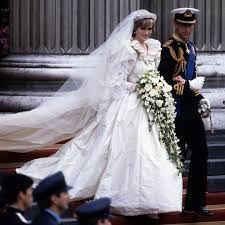 diana and dodi last hours - Princess Diana Photo (18767864) - Fanpop Princess Diana Wedding Dress, Royal Wedding Gowns, Celebrity Wedding Dresses, Designer Wedding Dresses, Celebrity Weddings, Celebrity News, Princess Anne, Lady Diana, Prince Charles Wedding