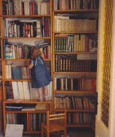 anoukfreesoul:    Bookworm. Cause some things never changed.