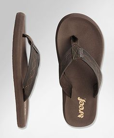 887ac865091e Must get a pair of Reef sandals for summer