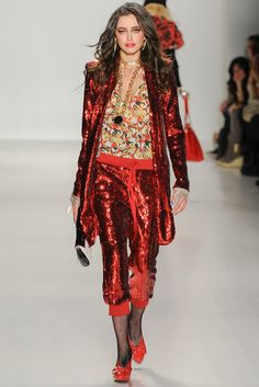 Betsey Johnson Fall 2014 Ready-to-Wear Collection Photos - Vogue