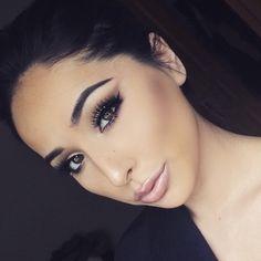 Beautiful @makeupbyfro  #BrowWiz in Medium Brown in brows  Contour Kit to Sculpt  #anastasiabeverlyhills #anastasiabrows #contourkit