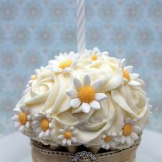 Cupcake Couture, Beautiful Cupcakes, Giant Cupcakes, Minis, Birthday Candles, Tart, Muffin, Pudding, Desserts