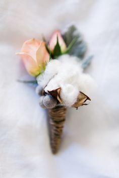 rose bud and cotton boutonniere - LOVE! but use a lighter shade of pink @aldenafrye