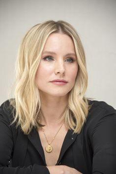 Discover recipes, home ideas, style inspiration and other ideas to try. Kristen Bell, Kristin Bell Hair, Short Hair Cuts, Short Hair Styles, Great Hair, Hair Dos, Pretty Hairstyles, New Hair, Hair Inspiration