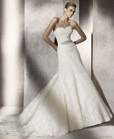 http://weddinginspirasi.com/2011/04/29/manuel-mota-2012-wedding-dresses/  { manuel mota 2012 pronovias - Puntal wedding gown }  #weddings #weddingdress #wedding #bridal #weddinggown