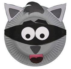 Manualidad con plato de papel del mapache