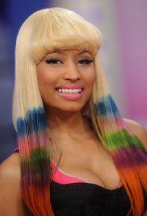 Nicki Minaj dipdye hair