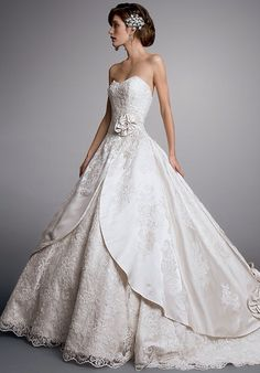 Eve of Milady & Amalia Carrara 2014 Eve Of Milady Wedding Dresses, Wedding Dress Organza, Wedding Dress Cake, Lace Wedding Dress With Sleeves, Wedding Flower Girl Dresses, Stunning Wedding Dresses, Wedding Dresses Photos, Wedding Dress Accessories, Country Wedding Dresses