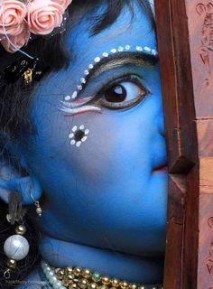 Hare Krishna, Krishna Lila, Little Krishna, Lord Krishna Images, Radha Krishna Pictures, Radha Krishna Photo, Krishna Art, Krishna Flute, Yashoda Krishna