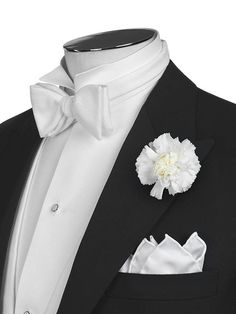 perfect tail coat with white tie and gardenia of 1930s... cue Fred Astaire..
