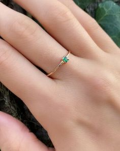 1Ct Princess Cut Green Emerald Solitaire Engagement Ring 14K Yellow Gold Finish | eBay