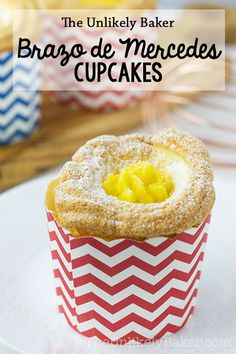 Brazo de Mercedes Cupcakes - Betty Bryan - Brazo de Mercedes Cupcakes [VIDEO] Brazo de Mercedes cupcake – soft as cotton meringue filled with rich decadent custard and finished off with a sprinkling of confectioner's sugar. Best Dessert Recipes, Cupcake Recipes, Easy Desserts, Baking Recipes, Delicious Desserts, Cupcake Cakes, Yummy Food, Muffin Recipes, Pastry Recipes