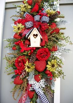 Valentine Swag  http://www.timelessfloralcreations.com/