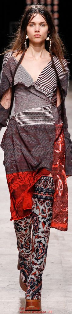 Fall 2016 Ready-to-Wear Vivienne Westwood - EE