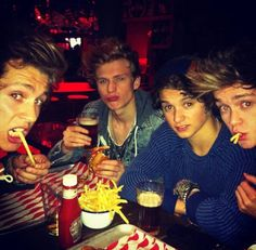 i want those chips tbh and ofc the vamps HAHA