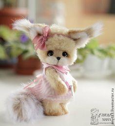 Белочка Эмилия - вязанная игрушка - бежевый,белка игрушка,вязанная белка