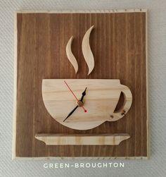Diy Wooden Projects, Wooden Diy, Wood Crafts, Wood Wall Design, Wall Clock Design, Wall Clock Wooden, Wood Clocks, Handmade Wall Clocks, House Furniture Design