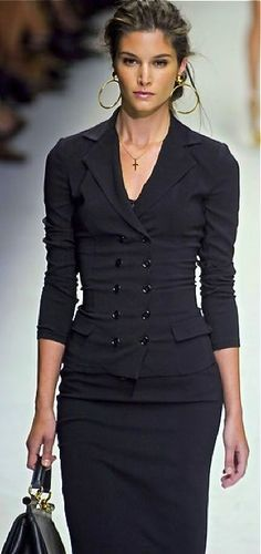 Fitted double breasted w/pencil skirt.