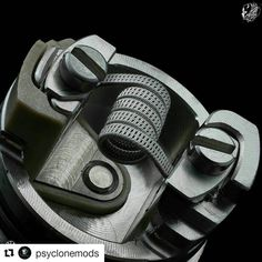 #Repost @psyclonemods with @repostapp ・・・ &@jacelandry ・・・ When I first received the #Hadalyrda by @psyclonemods I was kind of skeptical about the whole single coil life, but at first vape I was made a believer, this thing has class bursting out of it, and flavor is absolutely from another planet. One of the easiest rda's I have ever installed on, very compact but has plenty of room for wider builds also, this build is a triple core double fused staggered fused Clapton, specs are 3x28 and...