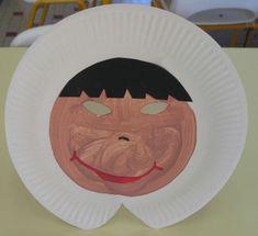 Eskimo masker van bord.