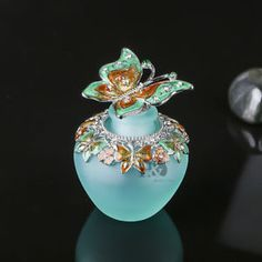 H-amp-D-Handmade-Vintage-Empty-Blue-Crystal-Butterfly-Perfume-Bottle-Lady-gift-40ml