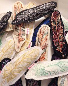 These Catnip Feather toys are heading to @petroniaislandstore  in Key West. #etsywholesale #catniptoy #vegan #misohandmade #machineembroidery
