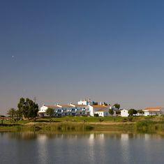 Hoje começa o Verão e, tambem, a procura pelos refúgios refrescantes. A Herdade dos Grous é um deles, visite-nos!  #Verão #herdadedosgrous #hotel #alentejo #calor #beja #albernoa #portugal #igers #follow