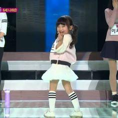 How cute this Cr: stay.yoona - #pristin #ohmygirl #kpop #snsd #소녀시대 #taeyeon #followtrain #gainpost #redvelvet #레드벨벳 #gaintrick #aoa #hyuna #현아 #fx #asia #korean #gfriend #blackpink #4minute #sistar #pristin #twice #exid #fancam #video #pepe #girlgroup #mamamoo