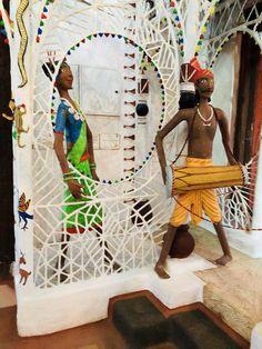 "Brilliant Interior details, from Tribal homes in Bastar, Chattisgarh state. @iamrana safvi on twitter, Jan, 2018   ""Tje Bastar tribe of Chattisgarh   So glorious in their diversity   My piece on our wonderful diversity for @DailyO_"" #interiors #interior #design #interiordesign #homedecor #decor #bastar #tribal #art #tribalart via @sunjayjk"