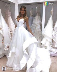 48 Best Hayley Paige Images Wedding Dresses Dresses Bride