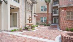 Courtyard at Ashton Lane II Luxury Apartments in Gainesville, FL
