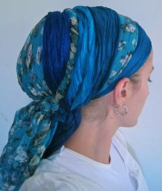 Another cute yet practical hair wrap for the mermaids in my novel!