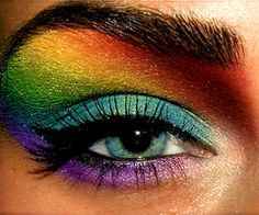 Amazing eye make up... would try this just for fun