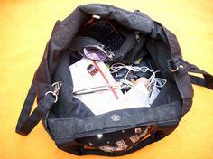 La Pinko Bag di Lucia D.P. con tutto il suo contenuto! http://www.milady-zine.net/whats-in-my-bag-3-cos-a-ce-nella-pinko-bag-di-lucia-d-p/