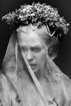 DIA | TWI | FB...veiled