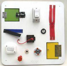 Montessori, Power Strip, Usb Flash Drive, Diy, Ideas, Playground Games, Waldorf Education, School Murals, Wall Panelling
