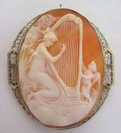 Ca 1900 Large 14k Gold Cameo Pin/Pendant Venus & Cupid