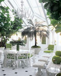 Зимний сад, оформленный в стиле — неоклассика