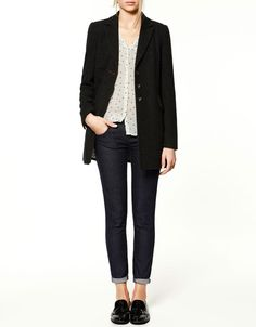 simple outfit, black blazer, dark wash jeans, polka dot button up and loafers