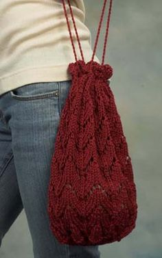 Covington bag by Plymouth Yarn, free pdf pattern.