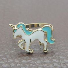 Unicorn shape ring