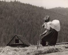 Martin Martinček: Hrabáčka II.:1960 - 1968 Social Photography, Art Photography, People Around The World, Around The Worlds, Heart Of Europe, Famous Photographers, Eastern Europe, Historical Photos, Old Photos