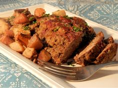 Simmered to juicy perfection in a slow cooker with carrots and potatoes, this meatloaf is packed with flavors and perfect for family dinner. Slow Cooker Meatloaf, Easy Meatloaf, Meatloaf Recipes, Hamburger Recipes, Slow Cooker Recipes, Crockpot Recipes, Cooking Recipes, Amish Recipes, Ground Sirloin