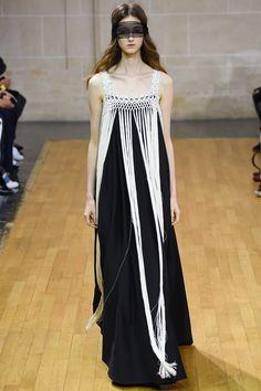 Veronique Branquinho Spring 2016 Ready-to-Wear Collection Photos - Vogue